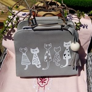 Handbags - 🐱🍃 Gray Cat Handbag with Gold Cat Handles 🐱🍃